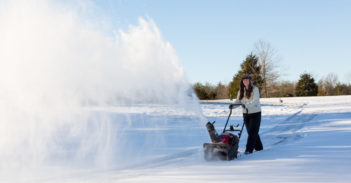Snow-Removal-Equipment-Dry-Snow