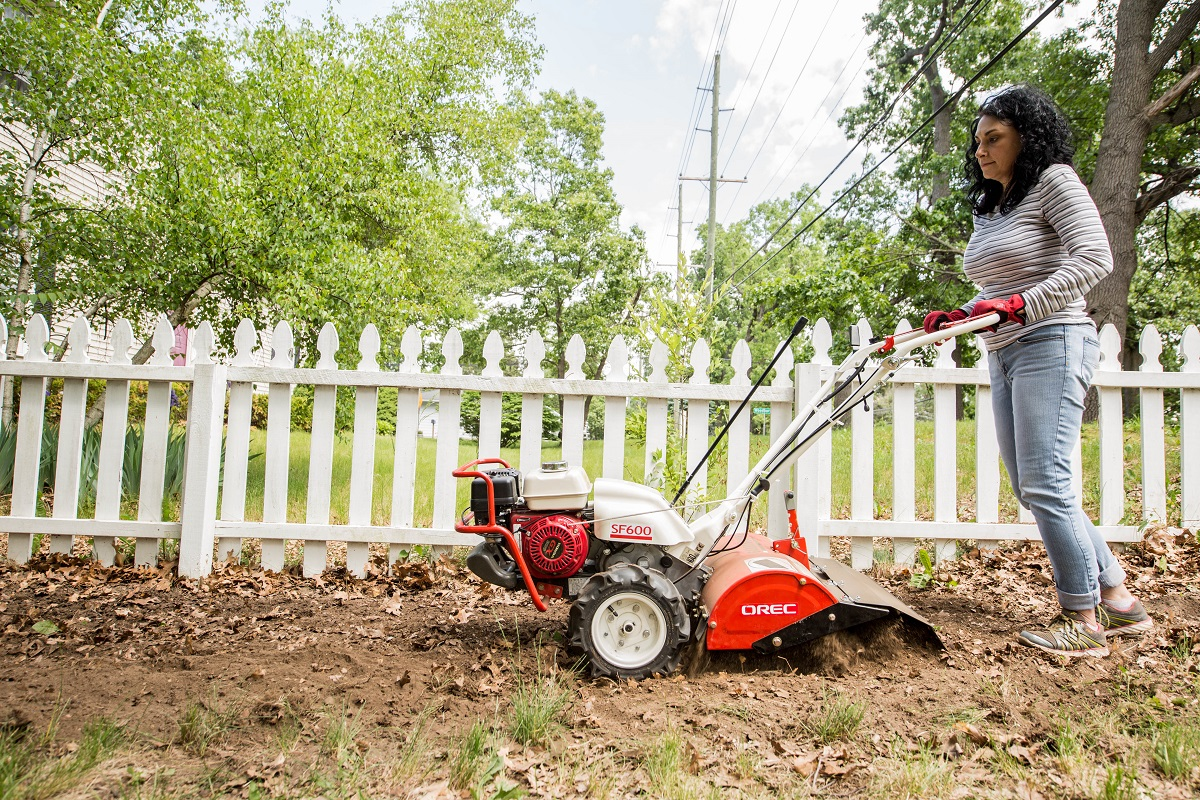 Popular-Spring-Equipment-Rental-Rear-Tine-Garden-Tiller